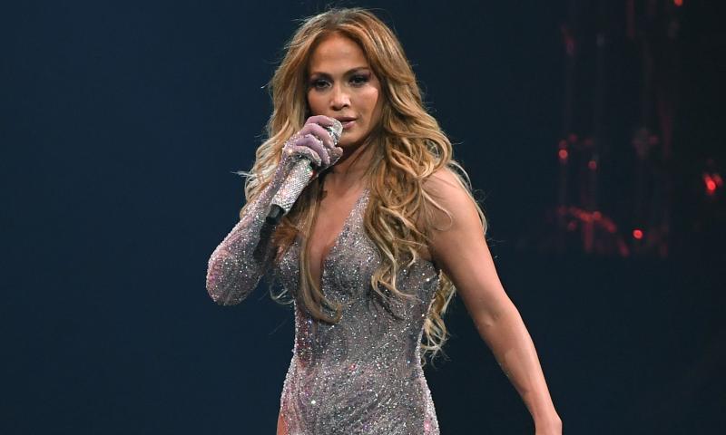 Urmeaza obiceiurile lui Jennifer Lopez pentru a arata mai bine