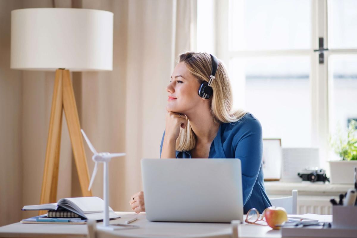 Iti doresti sa lucrezi remote? Iata ce trebuie sa stii